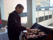 mcast_xmas04_frans_02_cooking_burgers.jpg